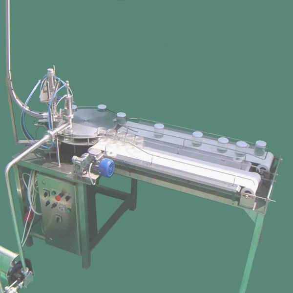 Üveglezáró gép