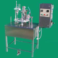 halbautomatische Becherabfüll- und Verschließmaschine