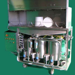 Washing machine for bottles and crates