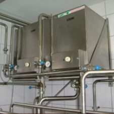 Circulation cleaning for HTST pasteurizers